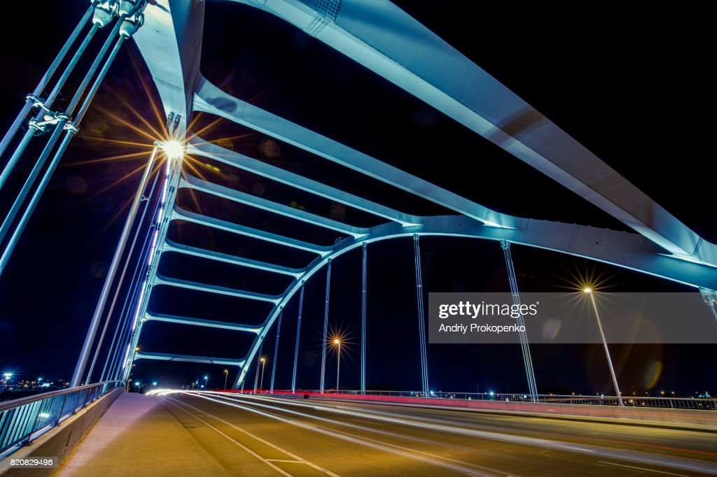 Night Shot of the Road on Gateway Bridge in Nashville, Tennessee, USA : Stock Photo