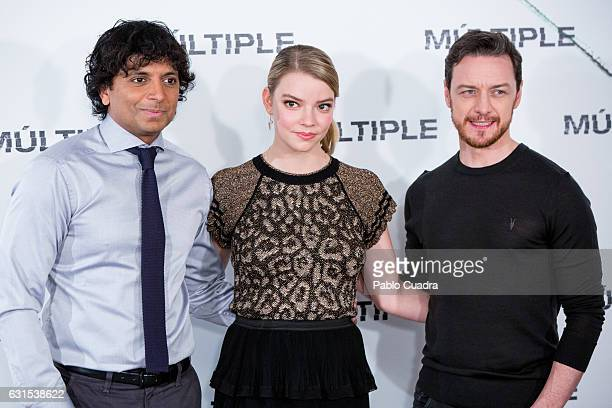 M Night Shyamalan Anya TaylorJoy and James McAvoy attend 'Multiple' photocall on January 12 2017 in Madrid Spain