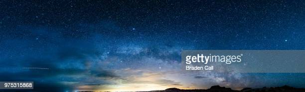 night sky full of stars, utah state, usa - horizon over land stock pictures, royalty-free photos & images