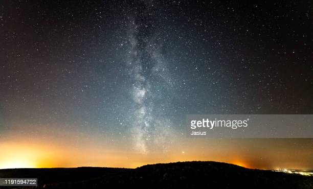 night sky with milky way, jupiter and saturn - jupiter planet stock pictures, royalty-free photos & images