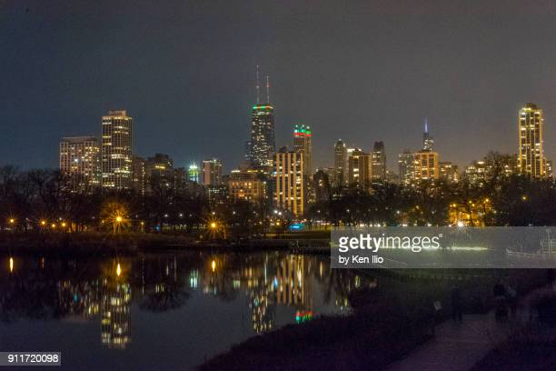 night skyline and reflection - ken ilio stock pictures, royalty-free photos & images