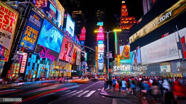 night times square. new york - times square manhattan new york foto e immagini stock