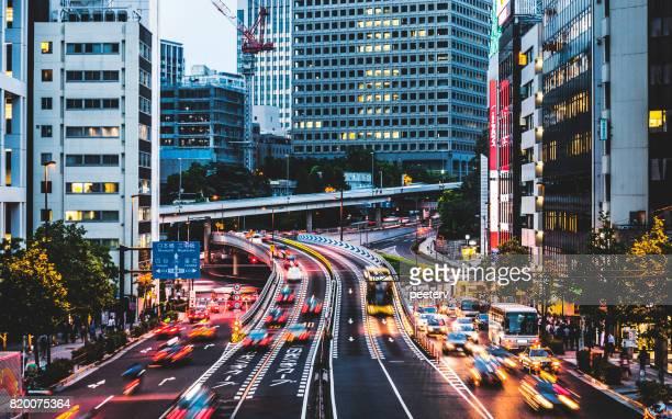 市 - 東京都の夜のトラフィック
