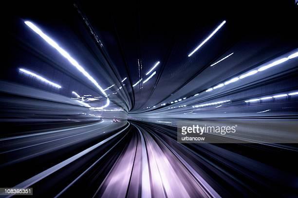 túnel à noite - velocidade - fotografias e filmes do acervo