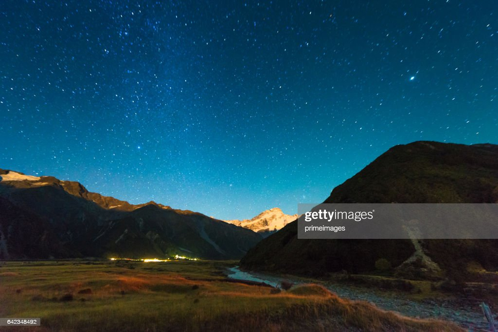 A night under the stars on Mount Cook, New Zealand. : Stock Photo
