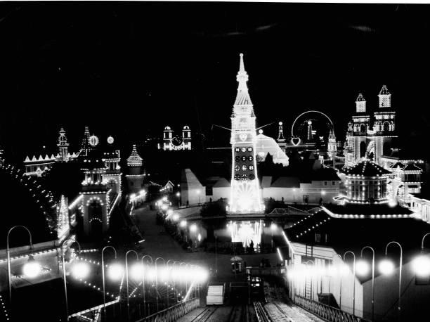 Night View Of Luna Park Wall Art