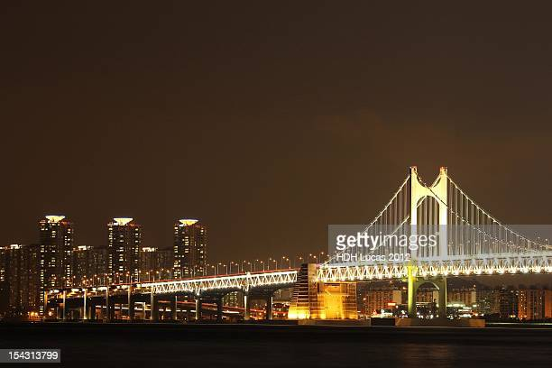 night view of bridge - united_states_senate_election_in_virginia,_2012 stock pictures, royalty-free photos & images