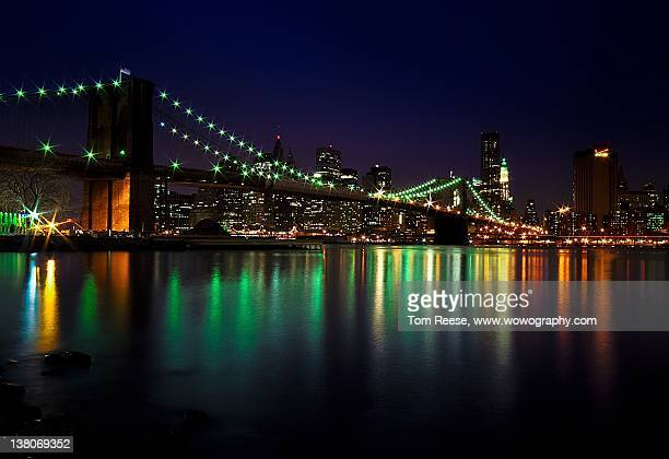 Night view of Brooklyn Bridge