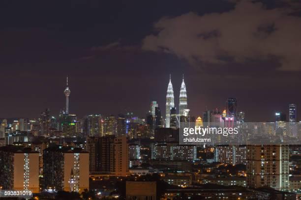 night view of downtown kuala lumpur in malaysia - shaifulzamri 個照片及圖片檔