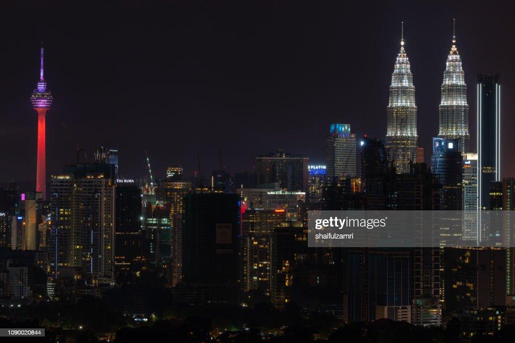Night view of downtown Kuala Lumpur, Malaysia. : Stock Photo