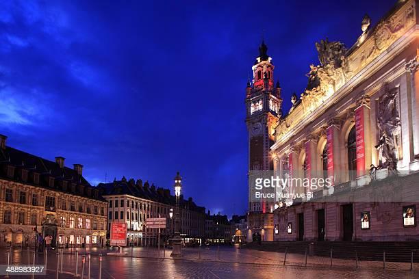 Night view of Lille Opera