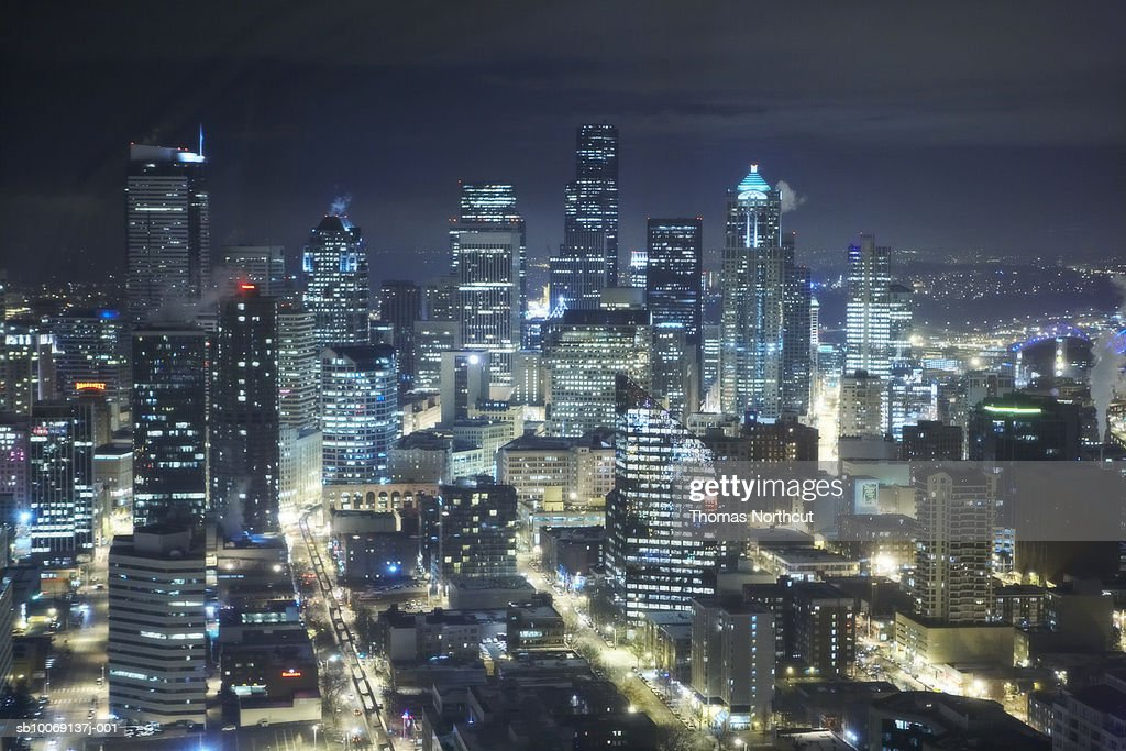 Night view of modern city : Stockfoto