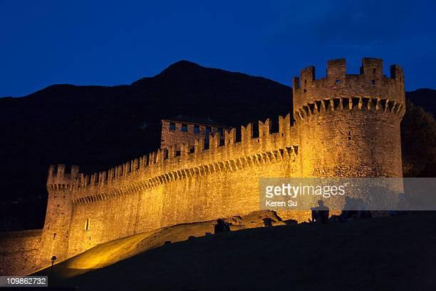 night view of montebello castle - unesco stock-fotos und bilder