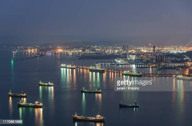 night view of ulsan port, ulsan, south korea - 蔚山 ストックフォトと画像