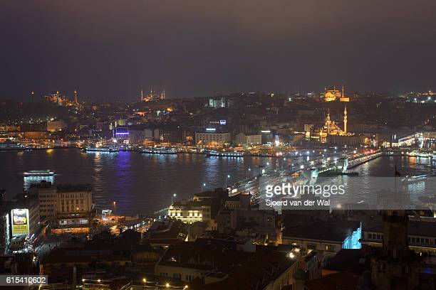 """night view on golden horn and galata bridge in istanbul - """"sjoerd van der wal"""" stock pictures, royalty-free photos & images"""