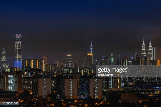 night view over downtown kuala lumpur (kl). kl is the capital of malaysia. - shaifulzamri foto e immagini stock