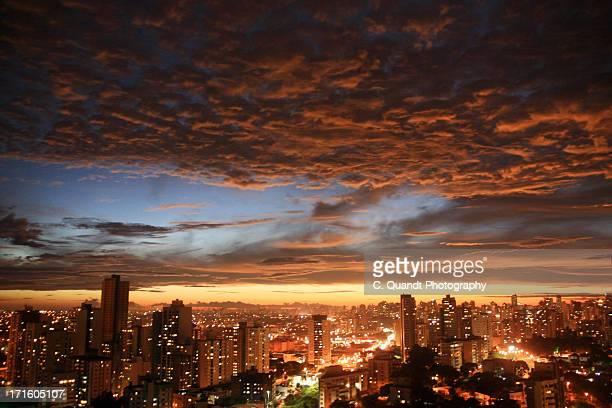 nightfall - curitiba stock pictures, royalty-free photos & images