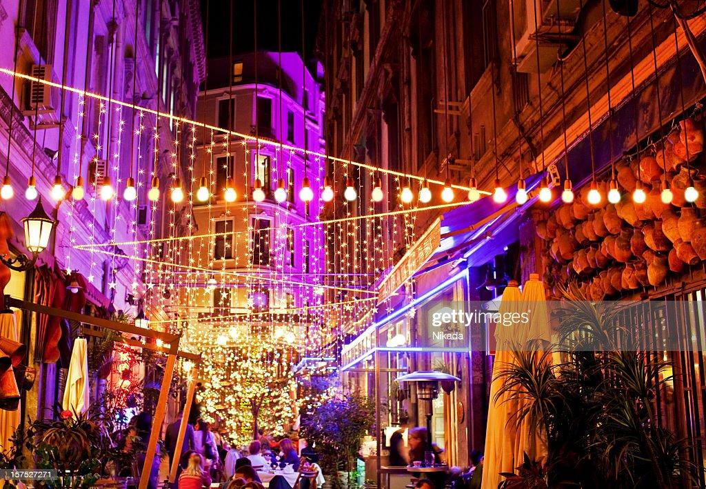 La vida nocturna en Estambul : Foto de stock