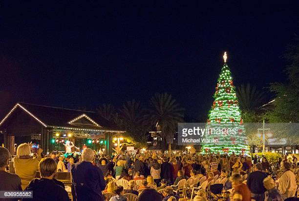 nightlife in the villages, florida - florida christmas stock pictures, royalty-free photos & images