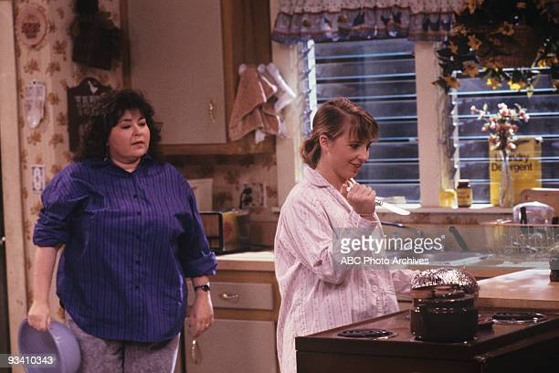 ROSEANNE 'Nightmare on Oak Street' 2/14/89 Roseanne Barr Alicia Goransom