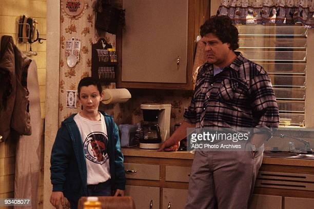 ROSEANNE 'Nightmare on Oak Street' 2/14/89 Sara Gilbert John Goodman