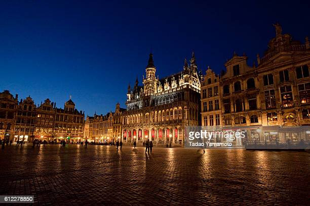 Nightscape of King's Place (Maison du Roi) on The Grand Place (Grand-Place)