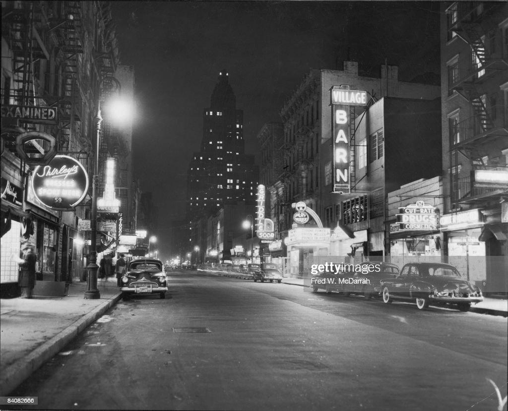 8th Street At Night, 1950 : News Photo