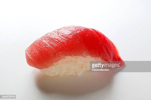 nigiri-sushi with tuna - nigiri stock pictures, royalty-free photos & images