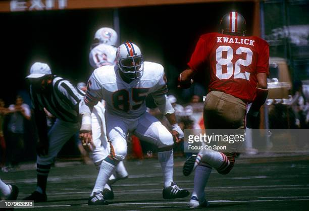NIick Buoniconti of the Miami Dolphins guards Ted Kwalick of the San Francisco 49ers during an NFL football game at the Orange Bowl September 16 1973...