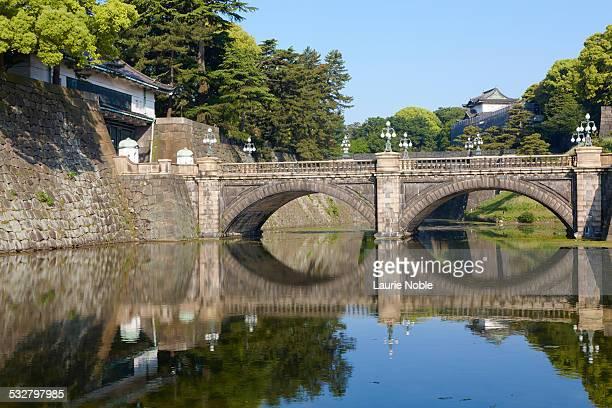 niju bridge, tokyo, japan - imperial palace tokyo stock pictures, royalty-free photos & images