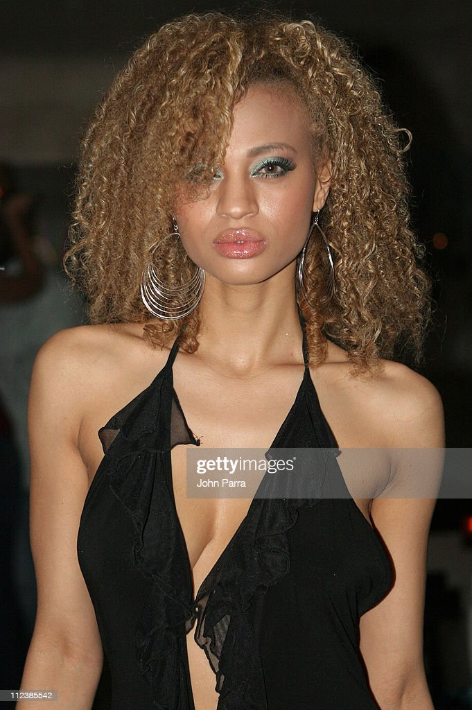 Image - 0512.5 nik-pace.jpg | America's Next Top Model Wiki ...