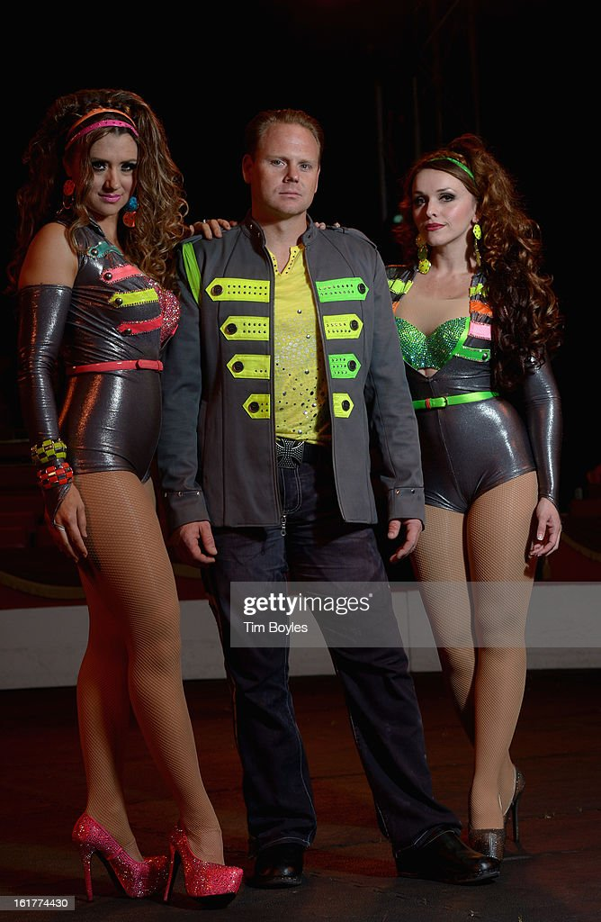 Nik Wallenda (C) poses for a photograph with his sister Lijana Wallenda (L) and his wife Erendira Wallenda (R) at Circus Sarasota on February 15, 2013 in Sarasota, Florida. Nik Wallenda is planning to walk on a high wire over the Grand Canyon this summer.