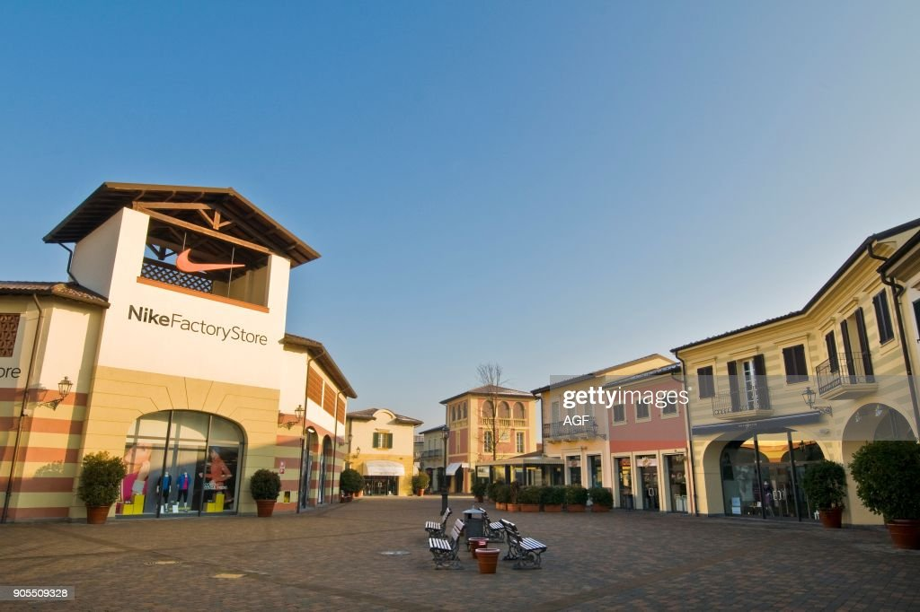 new product 30748 044e6 Nike Factory Store. Designer Outlet. Serravalle Scrivia ...
