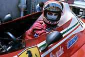 Niki lauda ferrari 312t2 grand prix of the united states west long picture id826757162?s=170x170