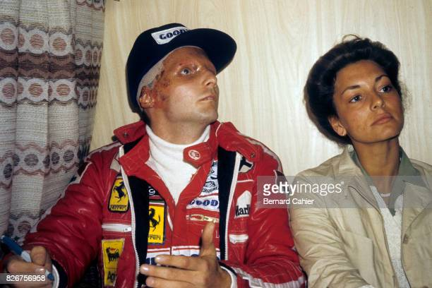 Niki Lauda Marlene Lauda Grand Prix of Italy Monza 12 September 1976 Five and a half weeks after his terrible accident Niki Lauda here with wife...