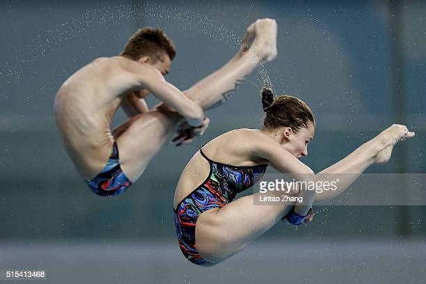 Nikita Shleikher and Yulia Timoshinina of Russia compete in the Mixed 10m Synchro Final during day three of the FINA/NVC Diving World Series 2016...