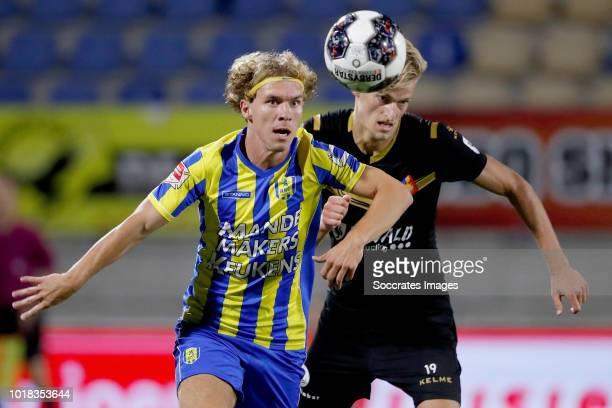 Nikki Baggerman of RKC Waalwijk Jordie van der Laan of Telstar during the Dutch Keuken Kampioen Divisie match between RKC Waalwijk v Telstar at the...