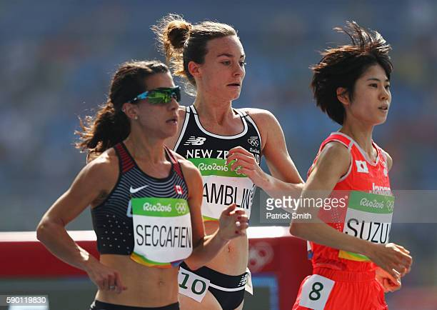 Nikki Hamblin of New Zealand competes during the Women's 5000m Round 1 Heat 2 on Day 11 of the Rio 2016 Olympic Games at the Olympic Stadium on...