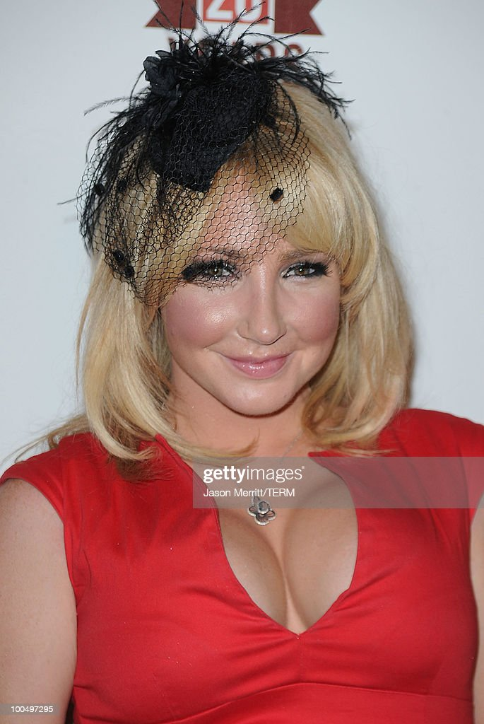 Nikki Lund arrives at the E! 20th anniversary party celebrating two decades of pop culture held at The London Hotel on May 24, 2010 in West Hollywood, California.