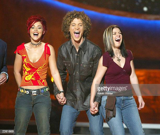 Nikki McKibbin Justin Guarini and Kelly Clarkson at FOXTV's American Idol in Los Angeles Ca Wednesday August 28 2002 Photo by Kevin...