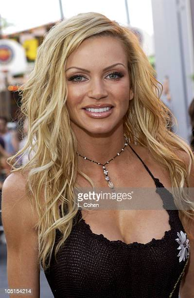 Nikki Ziering During World Premiere Of American Wedding Red Carpet In Universal City California