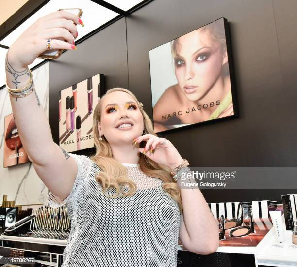 Nikkie Tutorials attends the Meet Marc Jacobs Beauty Global Artistry Ambassador Nikkie Tutorials at Sephora Times Square on June 13 2019 in New York...