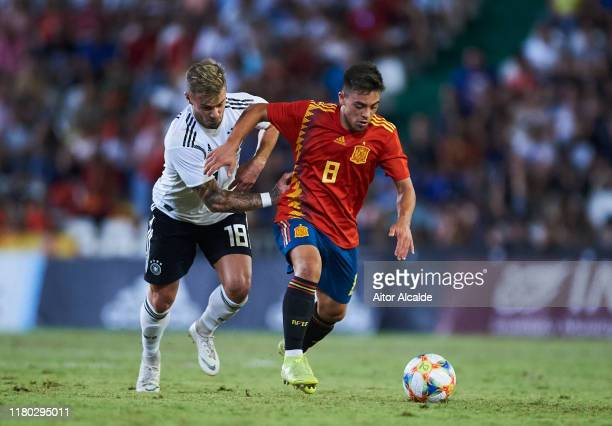 Niklas Dorsch of Germany U21 duels for the ball with Fran Beltran of Spain U21 during the international friendly between Spain U21 and Germany U21 at...