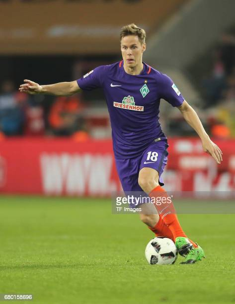 Niklas Moisander of Bremen controls the ball during to the Bundesliga match between 1 FC Koeln and Werder Bremen at RheinEnergieStadion on May 5 2017...