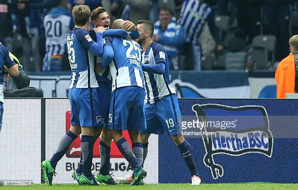 Niklas Stark of Berlin jubilates with team mates after scoring the third goal during the Bundesliga match between Hertha BSC and 1 FC Koeln at...