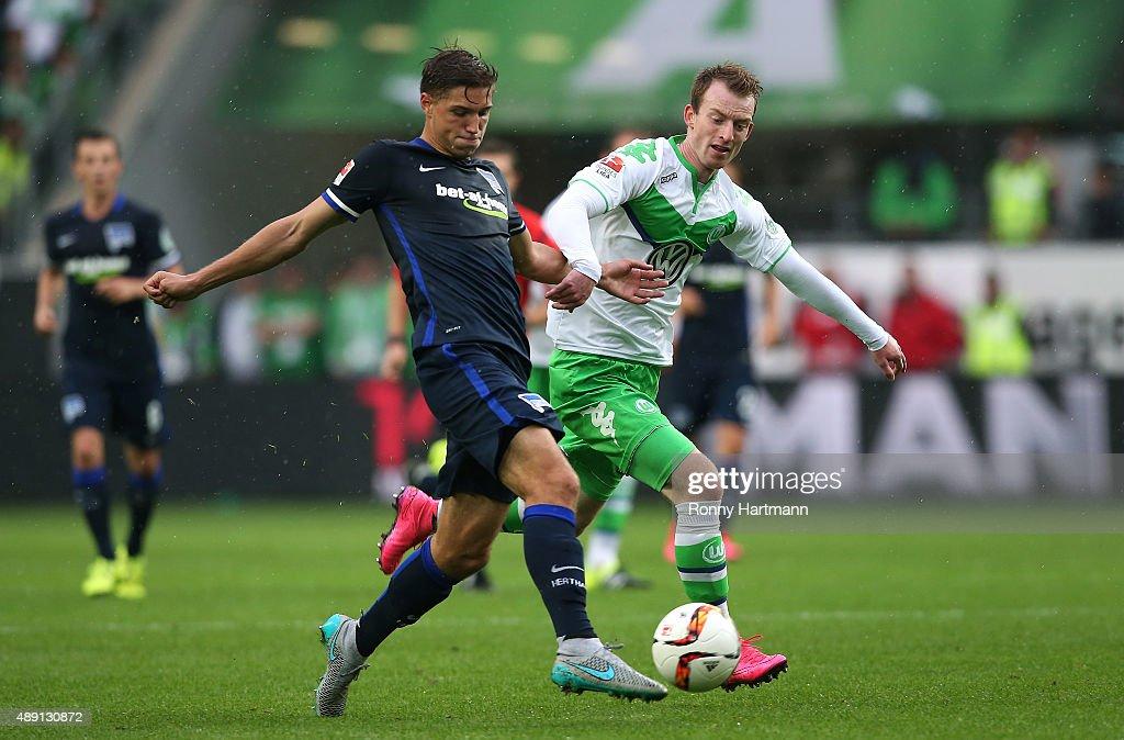 Niklas Stark (L) of Berlin vies with Maximilian Arnold of Wolfsburg during the Bundesliga match between VfL Wolfsburg and Hertha BSC at Volkswagen Arena on September 19, 2015 in Wolfsburg, Germany.