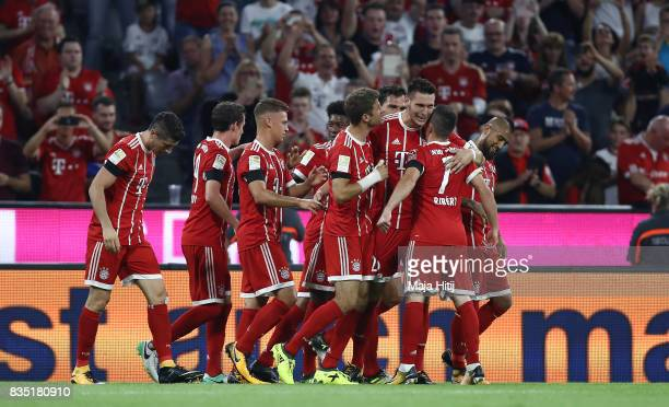 Niklas Suele of Bayern Munich celebrates his goal with his team mates during the Bundesliga match between FC Bayern Muenchen and Bayer 04 Leverkusen...