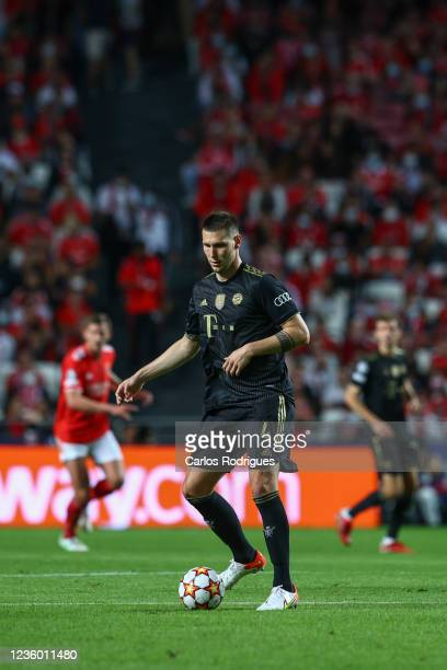Niklas Sule of FC Bayern Munchen during the UEFA Champions League group E match between SL Benfica and Bayern Muenchen at Estadio da Luz on October...