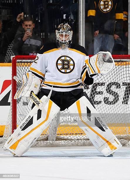 Niklas Svedberg of the Boston Bruins warms up against the Nashville Predators at Bridgestone Arena on December 16 2014 in Nashville Tennessee