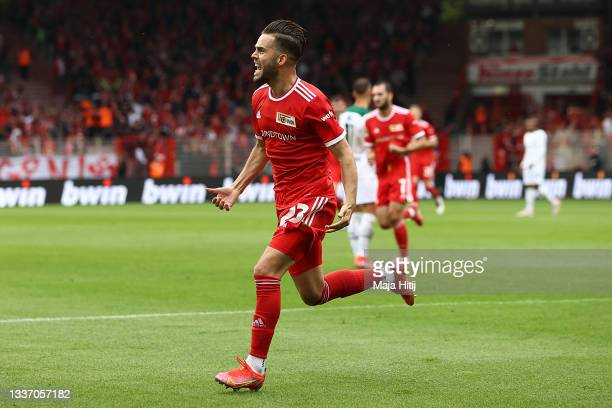 Niko Giesselmann of 1.FC Union Berlin celebrates after scoring their sides first goal during the Bundesliga match between 1. FC Union Berlin and...